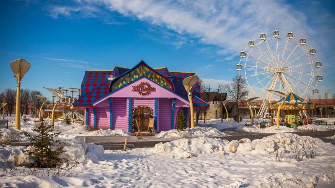 Благотворительную эстафету подарков и новогоднюю елку организуют в парке «Сказка»
