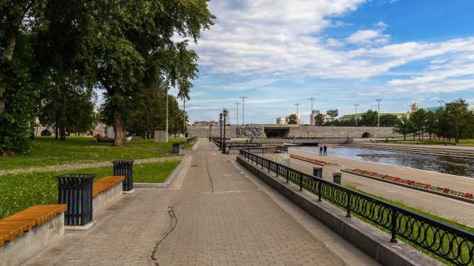 Жителям Екатеринбурга предложили пройти опрос о значении городского сквера