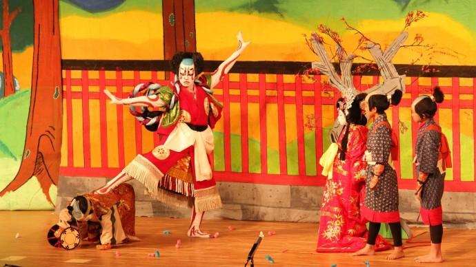 Театр кабуки приедет в Москву и Санкт-Петербург