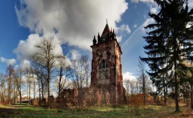 В Царском селе отреставрировали самый романтичный павильон