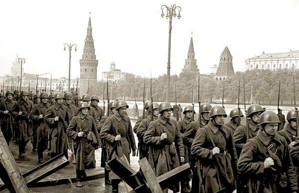 На Поклонной горе открылась выставка «Битва за Москву. Первая победа»