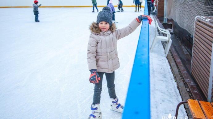 Детский каток и школа фигурного катания в Парке Горького