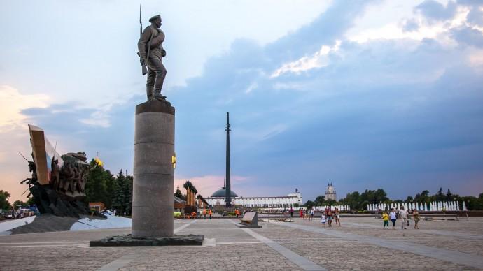 Парк Победы организует бесплатные экскурсии