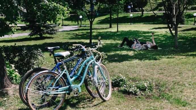 В 4 парках Казани пройдут бесплатные тренировки в День молодежи