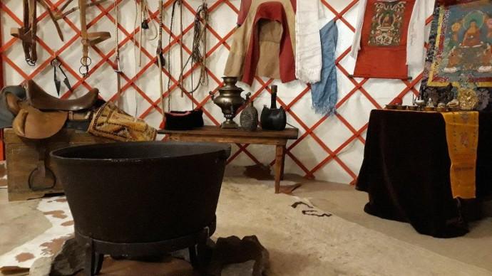Выставка «Калмыцкая кибитка (Материальная и духовная культура калмыков Нижнего Поволжья)»