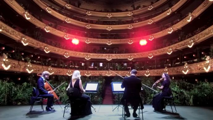 В Барселоне зрителями оперы стали 2000 растений