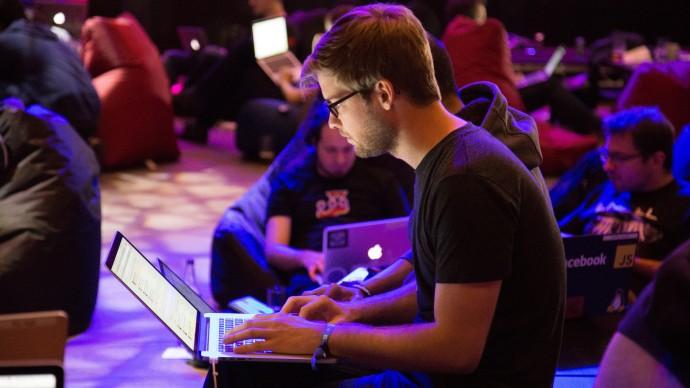 Медиаплатформа Generation Zil проведет онлайн-дискуссию о техносреде и запросе на новый город