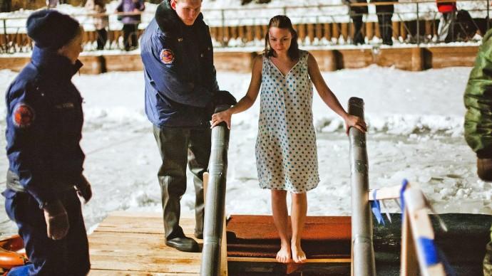 В 10 московских парках подготовили крещенские купели