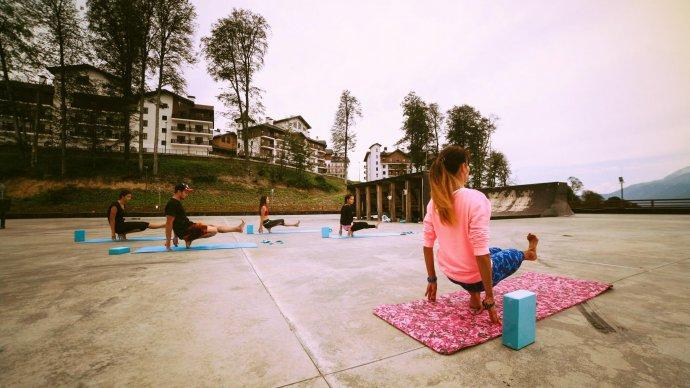 На «Розе Хутор» пройдет Международный день йоги