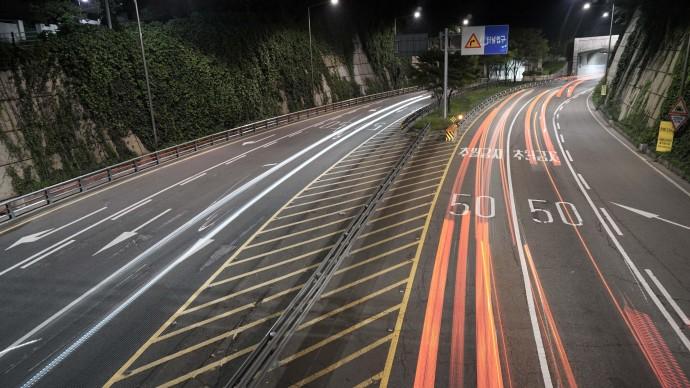 Восьмилетний ребенок угнал мамину машину и катался на автобане