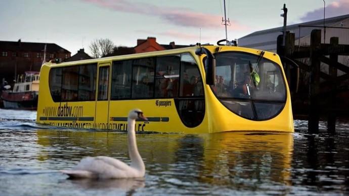 В Москве появятся автобусы-амфибии