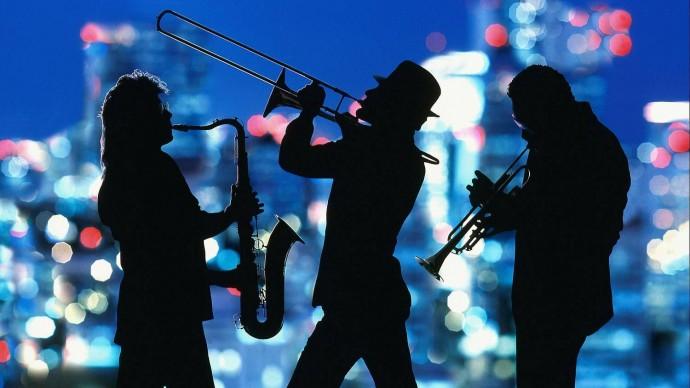 В пространстве «Арт-чердак» порисуют и послушают джаз