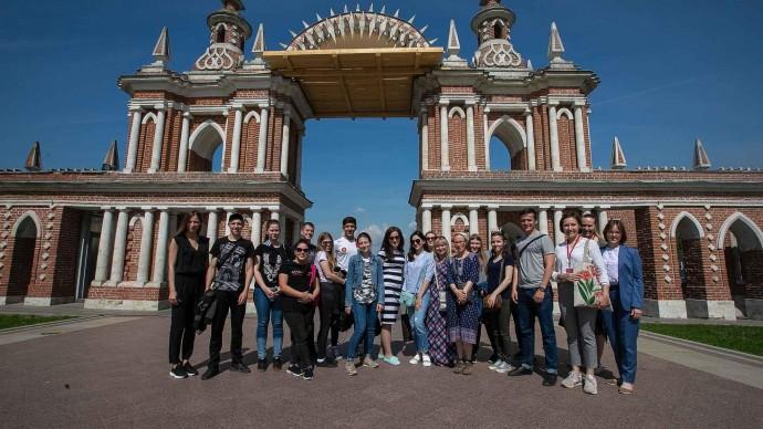 Студенты из Майкопа проходят практику в Москве при поддержке Ассоциации парков