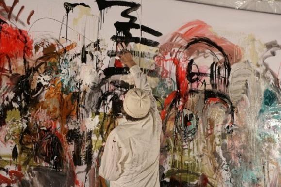В районных галереях Москвы открылись выставки молодых художников