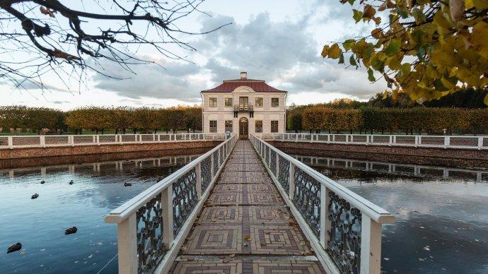 Осенний праздник фонтанов пройдет в «Петергофе» 15 и 16 сентября
