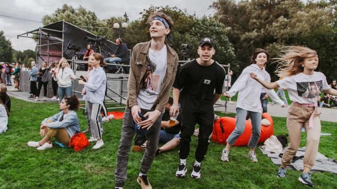 В трех московских парках отметят День музыки