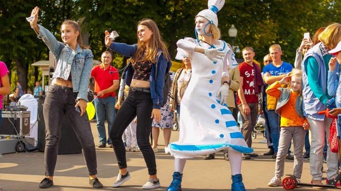 В конце июня в парке Горького стартует фестиваль «Добрые люди»