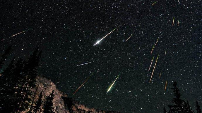 Московский планетарий устраивает выездные наблюдения августовского звездопада