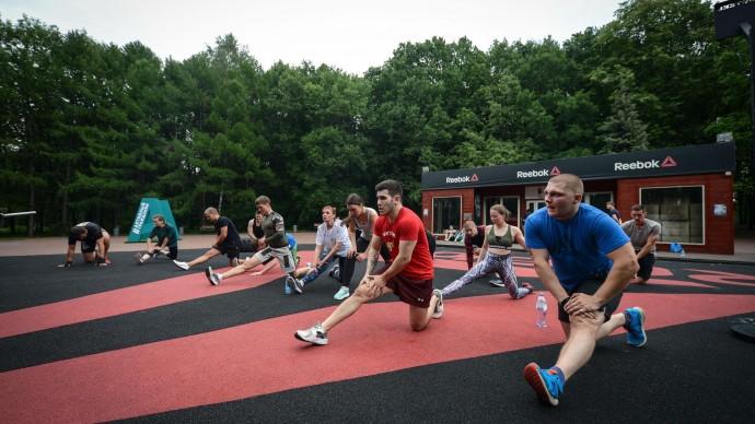 Бесплатные тренировки от Reebok в парке на Ходынке