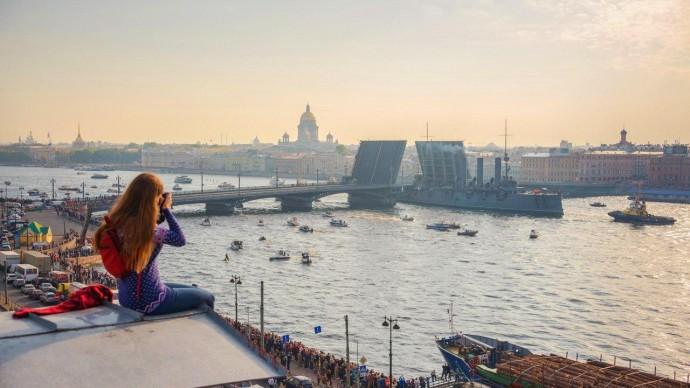 В Москве и Петербурге планируют запретить прогулки по крышам