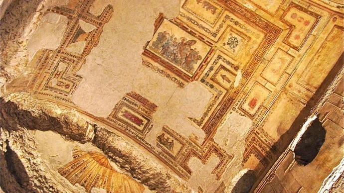 Под дворцом Нерона в Риме открыли тайную команту