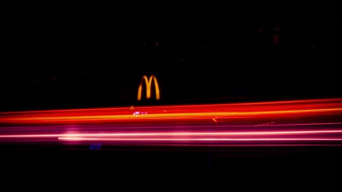 McDonald's рассказал об отказе от использования искусственных красителей и ароматизаторов