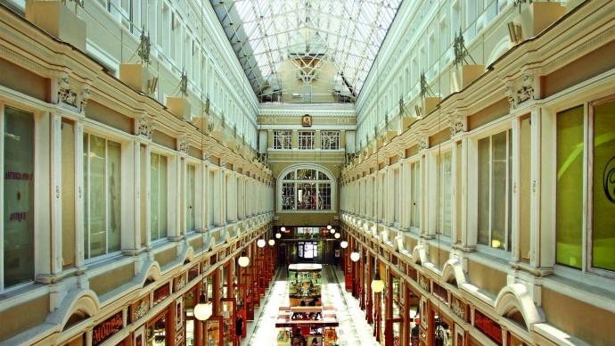 В сентябре запускают экскурсии по «Пассажу» и театру Комиссаржевской
