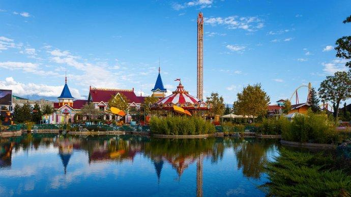 «Сочи Парк» признан лучшим открытым парком развлечений в России