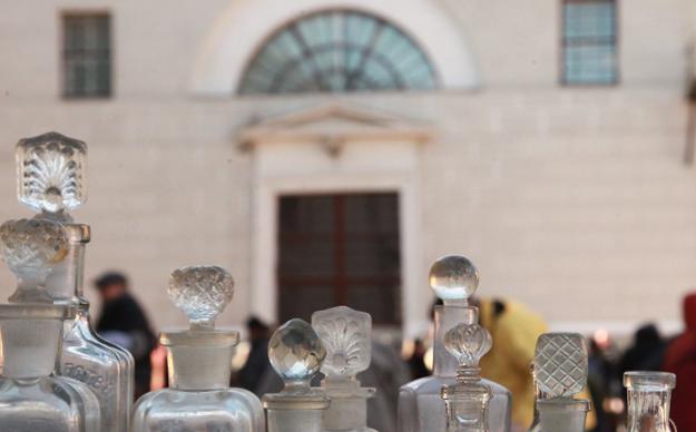 Во дворе Музея Москвы пройдет очередной блошиный рынок