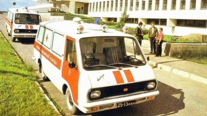 В «Сокольниках» покажут ретро-кареты скорой помощи Москвы