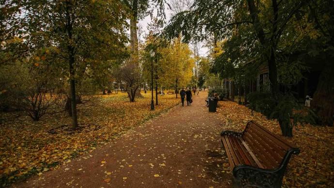 Парки Москвы приглашают на осенние экскурсии