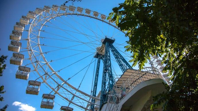 На ВДНХ возведут колесо обозрения высотой 136 метров