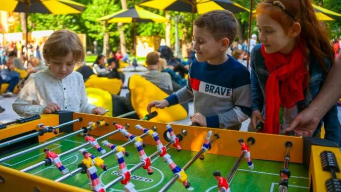 Фестиваль «Лето с пользой» в Гончаровском парке