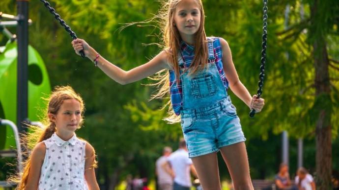 Школа первой помощи детям в парке Толстого