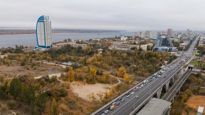 В Волгограде занимаются благоустройством склоны поймы реки Царица