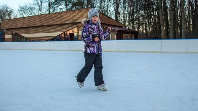 В парке «Фили» открылась школа фигурного катания