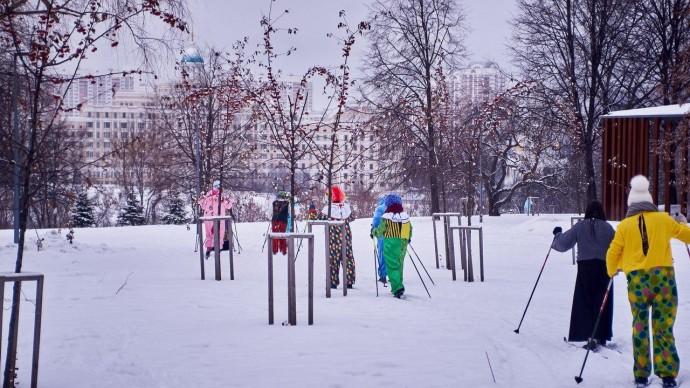 В парке Олимпийской деревни устроят «Карнавальный лыжный забег»