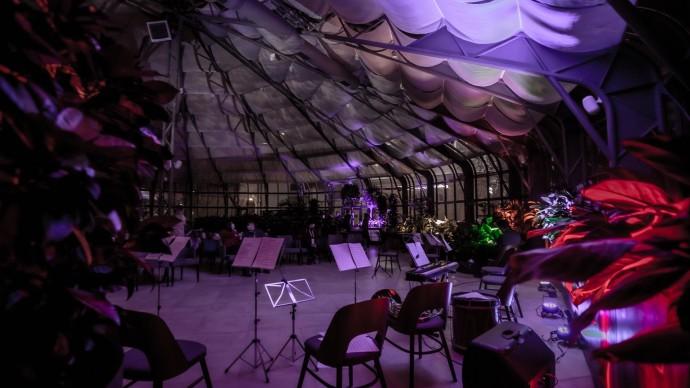 В Москве пройдет серия тематических концертов в Автомузее и на Хлебозаводе