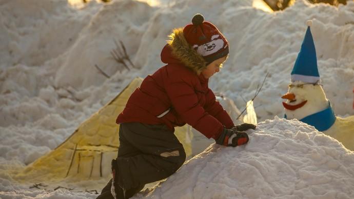 «Мосприрода» проводит фестиваль по рисованию на снегу