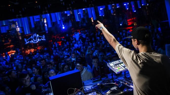 Red Bull Music Festival начал объявлять программу