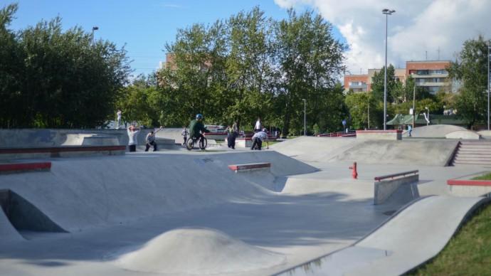 Заезды в новом скейт-парке