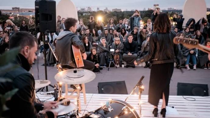 На крыше Музея парка Горького проведут акустический концерт