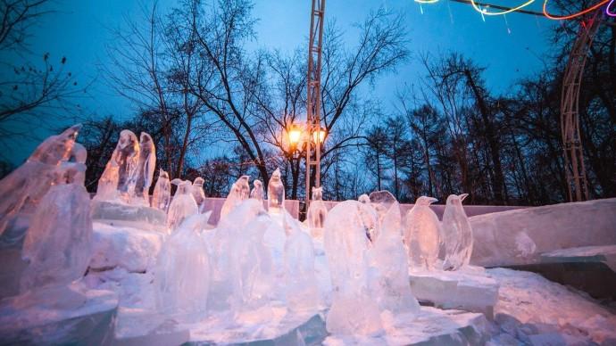 Ледовый городок на площади 1905 года украсят в стиле сказок Бажова