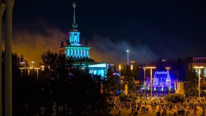 Ко Дню Победы на ВДНХ устроят световое шоу