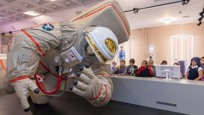 Посетители сделают селфи с космонавтом и увидят Млечный путь на новых выставках павильона «Космос»