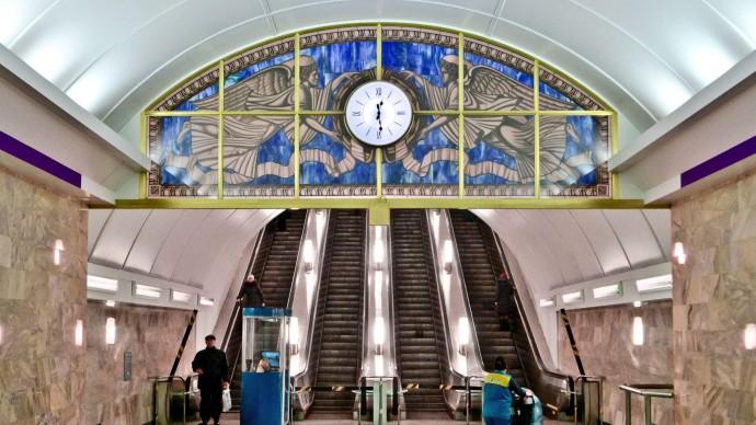 Об открытии новых станций метро рассказал врио главы Санкт-Петербурга