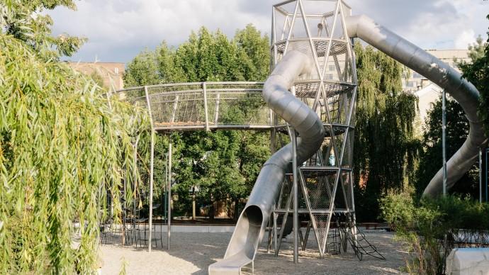 В парке Горького открывается новая игровая площадка