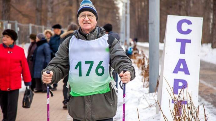 В парке «Фили» проведут фестиваль скандинавской ходьбы