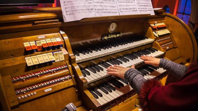 Концертный зал «Зарядье» устроит онлайн-трансляцию игры на органе