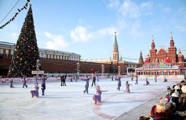 Каток на Красной площади будет работать по утрам бесплатно